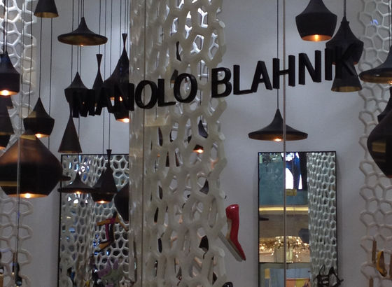 Manolo Blahnik Dubai Mall