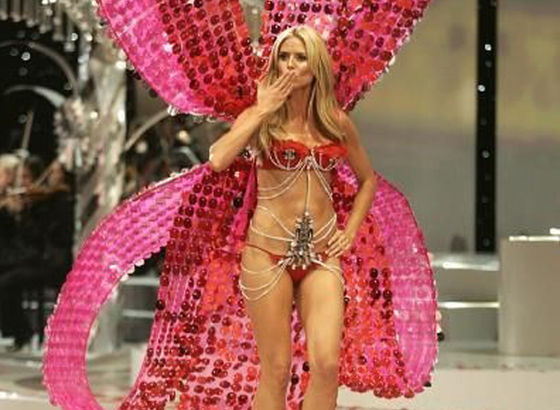 Heidi Klum come angelo di Victoria Secret