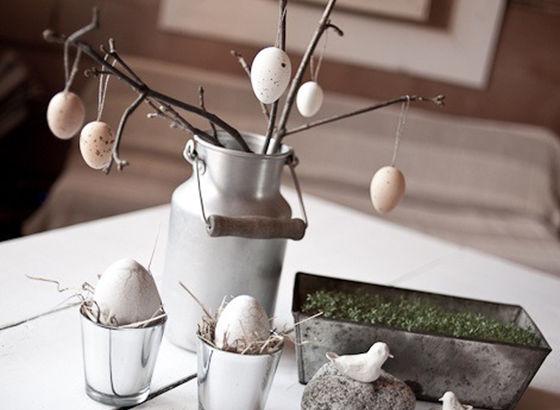 Rami con uova vuote