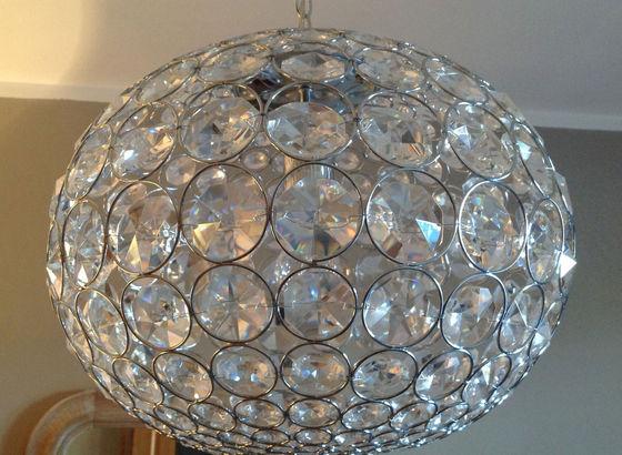 Lampada di cristallo spenta
